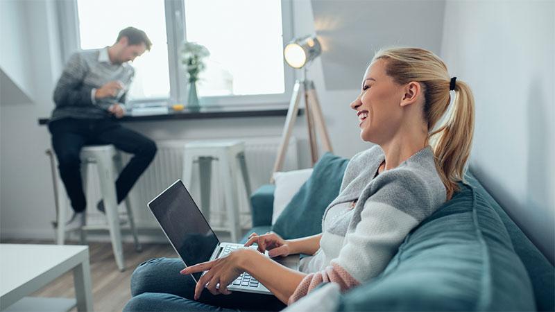 2Motiv8 Social Media & Online Marketing SolutionsFranchise